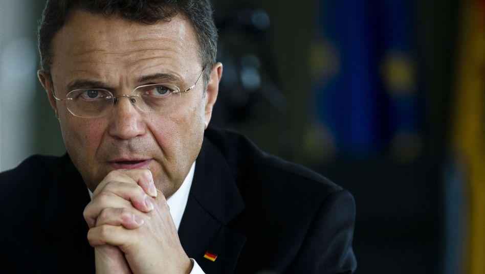 """Innenminister Friedrich: """"Meiste Straftaten haben rechtsextremen Hintergrund"""""""