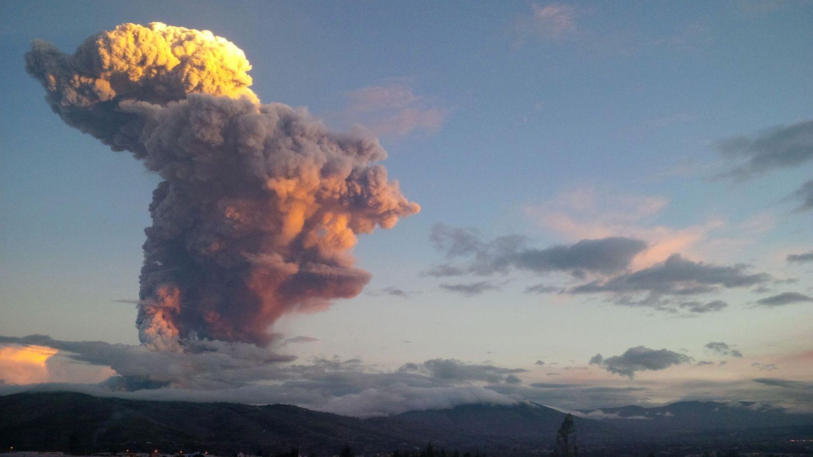Ecuador/ Vulkanausbruch/ Tungurahua