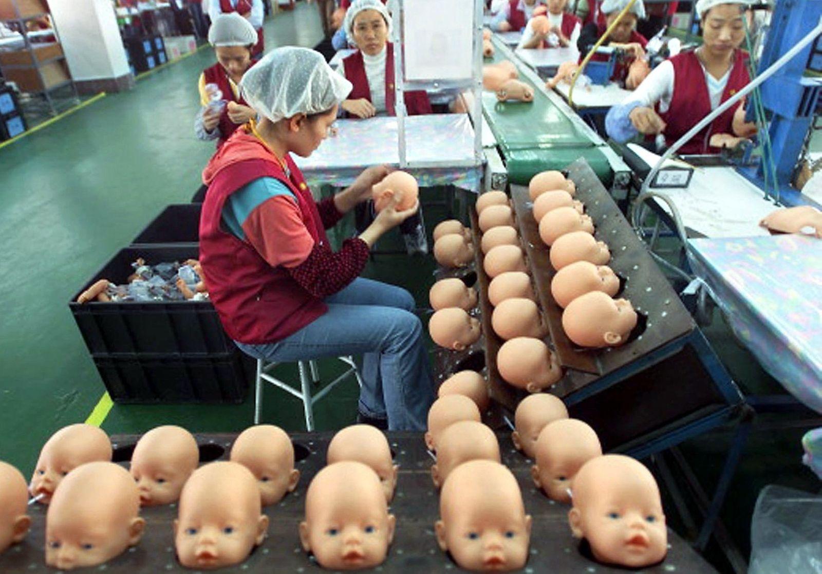 Puppenhersteller Zapf Creation schreibt weiterhin rote Zahlen