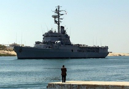 The French navy helicopter carrier Jeanne D'Arc: Sarkozy wants to create a European naval unit.