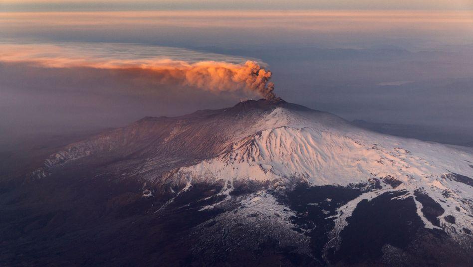 """Der Vulkan Ätna auf Sizilien: """"Wir berechnen die Wege des geringsten Widerstands für aufsteigendes Magma"""""""