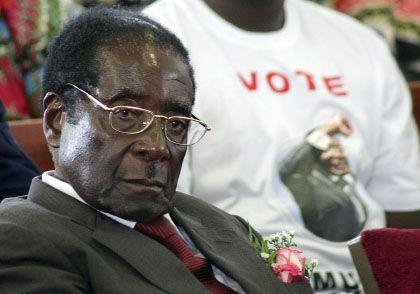 Diktator Mugabe: Droht mit Bürgerkrieg