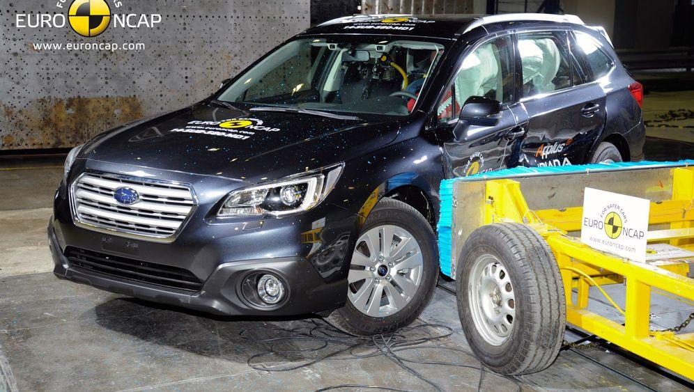 EuroNCAP-Crashtest: Zwölf Autos gegen die Wand gefahren