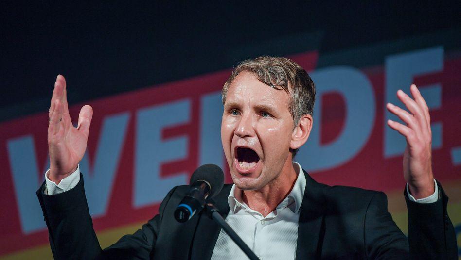 Björn Höcke (im August 2019): Auch sein Name taucht bei den Überweisungen auf
