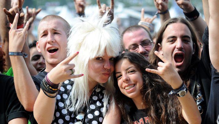 Wacken-Festival: Strippen, Prügeln, Bangen