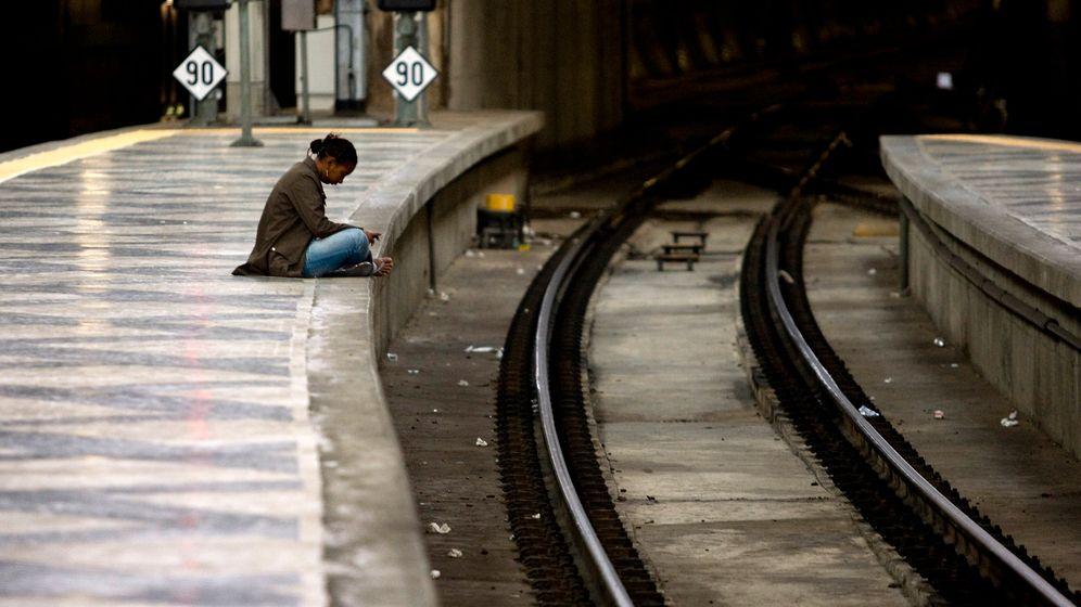 Photo Gallery: Losing Sleep in Lisbon