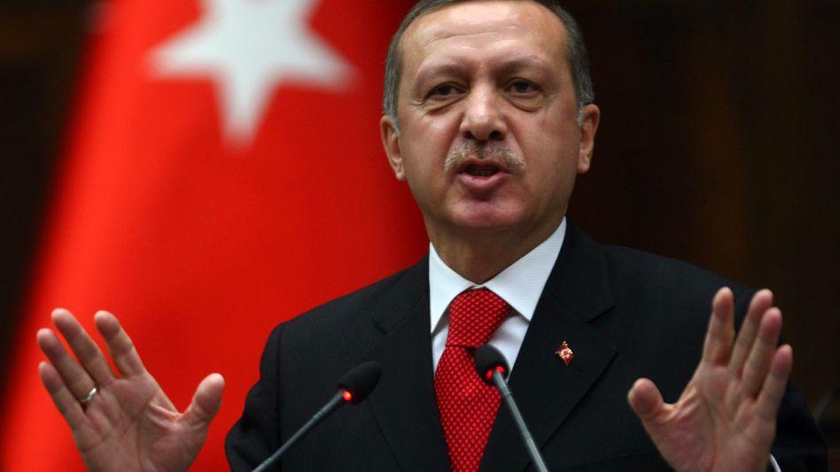 """Türkischer Premier Erdogan (Archivaufnahme): """"Deutsche helfen der PKK"""""""