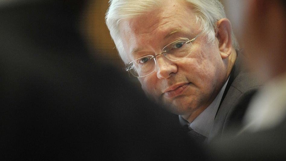 """Scheidender Ministerpräsident Koch: """"Überragende Fähigkeit"""""""