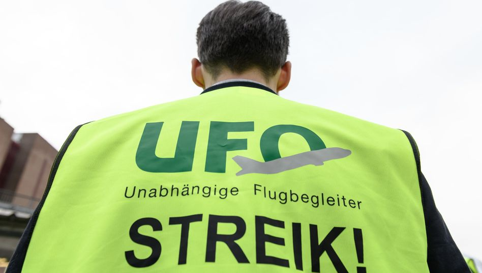 Streikender im Oktober 2019 am Frankfurter Flughafen