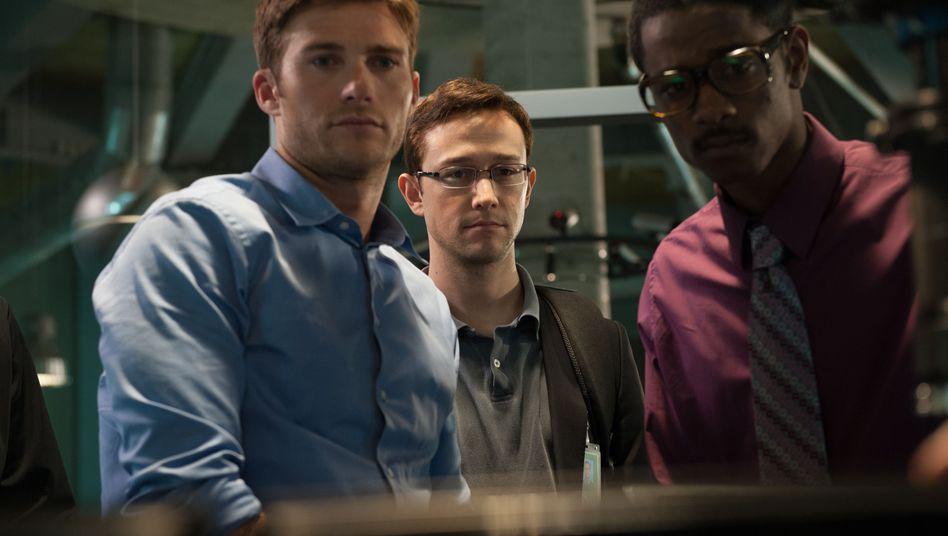 """Faktencheck: So realistisch ist der neue """"Snowden""""-Film"""