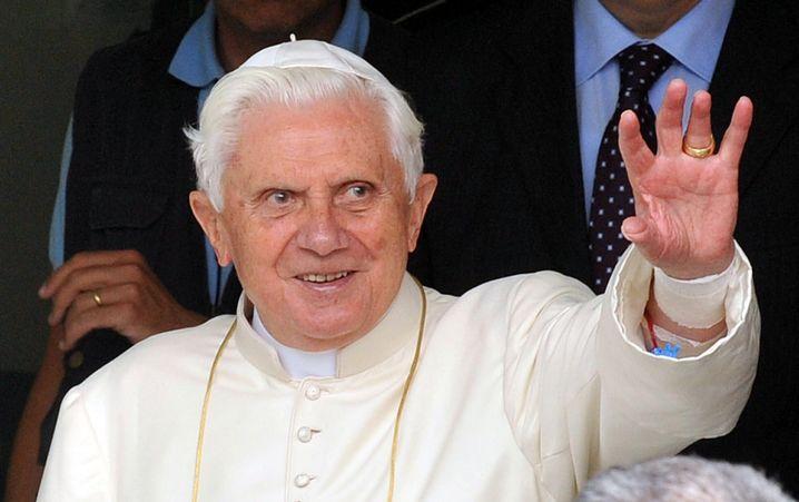 Papst Benedikt XVI.: Katholische Bank mit eigenen Strategien