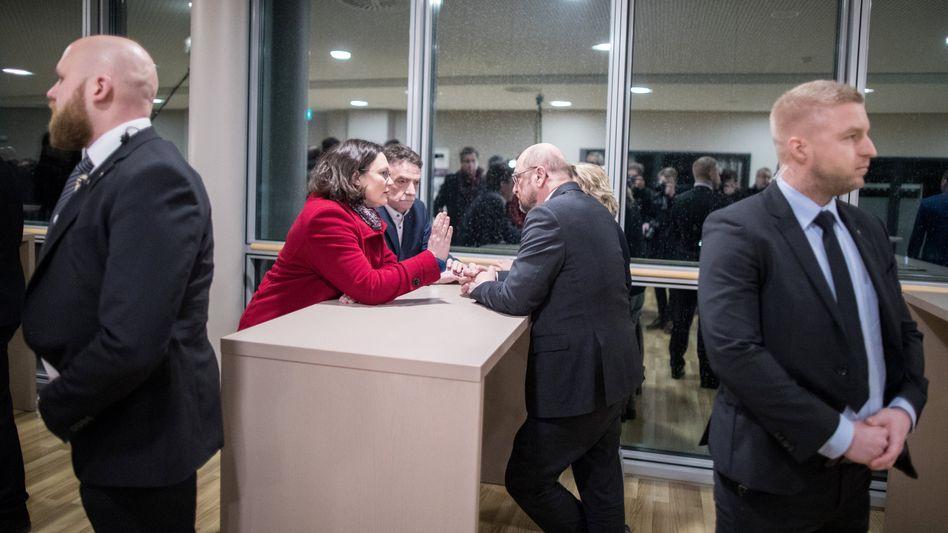 Andrea Nahles, Martin Schulz und Michael Groschek (Mitte)