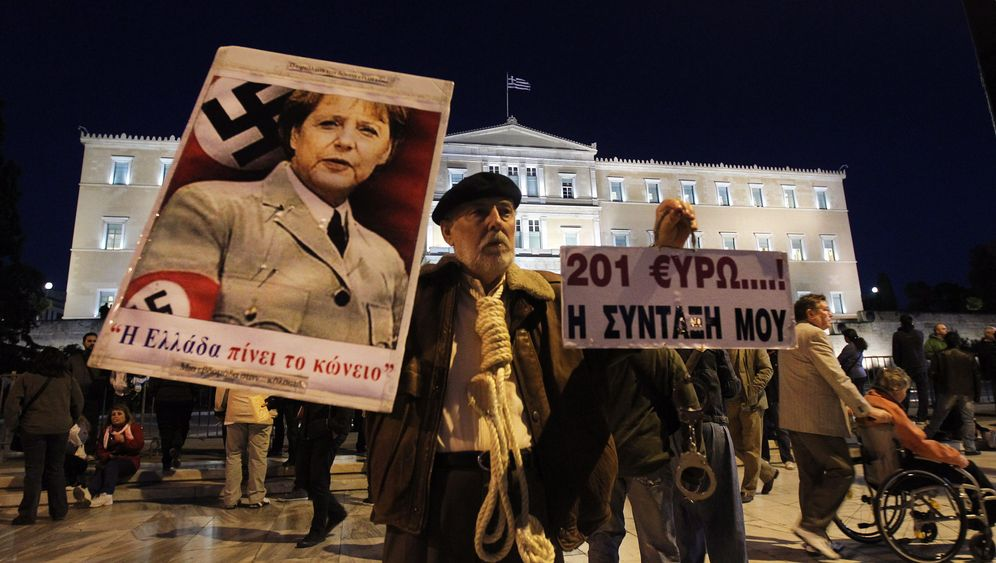Photo Gallery: Answering the 'German Question'