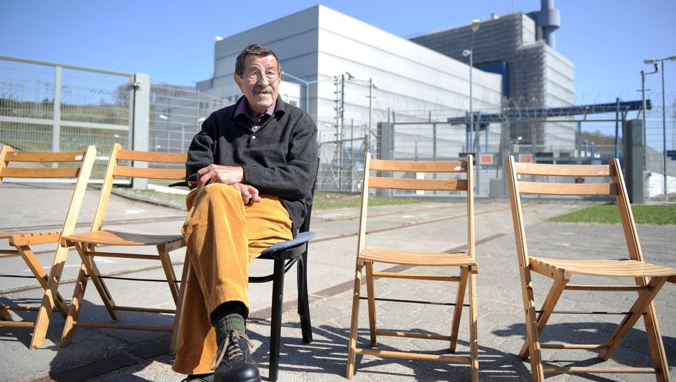 Nobel Prize-winning German author Günter Grass participates in an anti-nuclear protest in front of an atomic power plant in April.