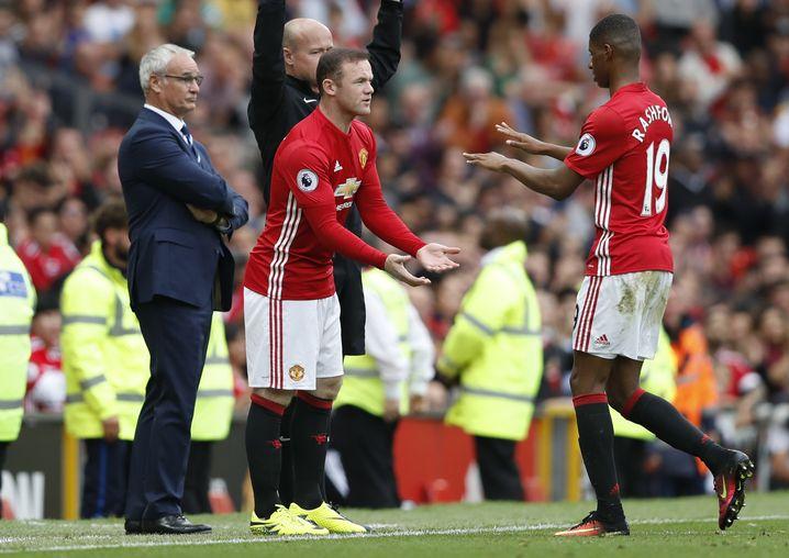 Wayne Rooney wird kurz vor Schluss eingewechselt