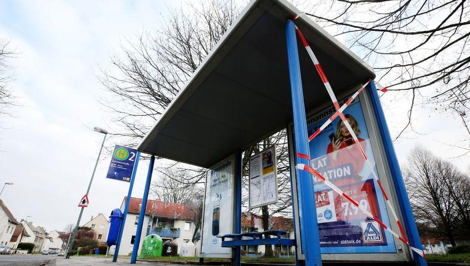 Essen: An dieser Bushaltestelle wurde Silvester eine Frau gezielt angefahren