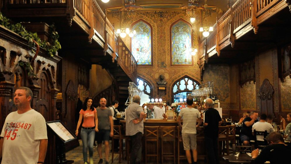 Restaurant Caru' cu Bere: Zeitreise in Bukarests goldene Vergangenheit