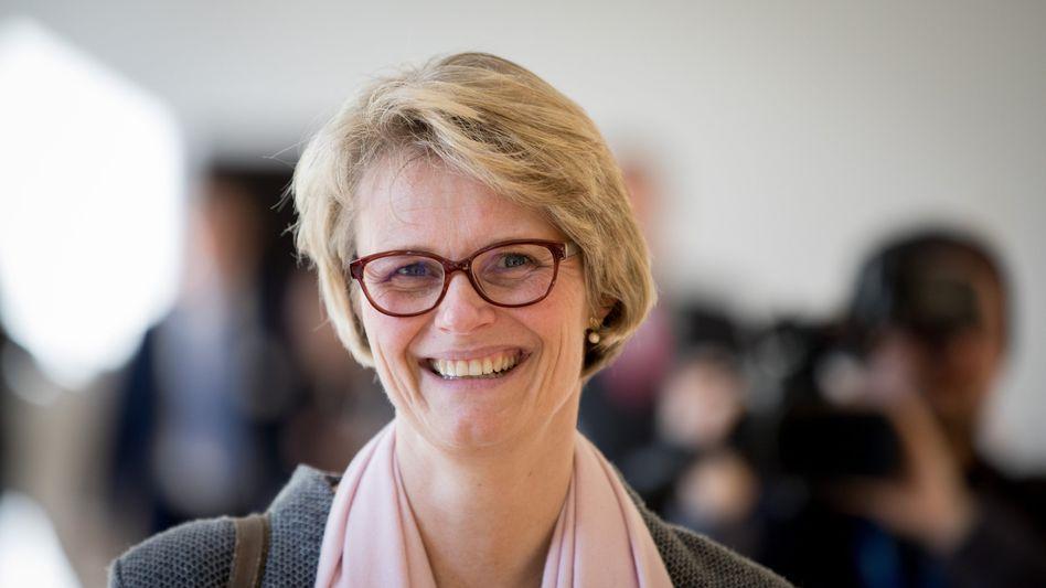 Anja Karliczek: »Mehr für Menschen tun, die später im Leben noch ein Studium anstreben«