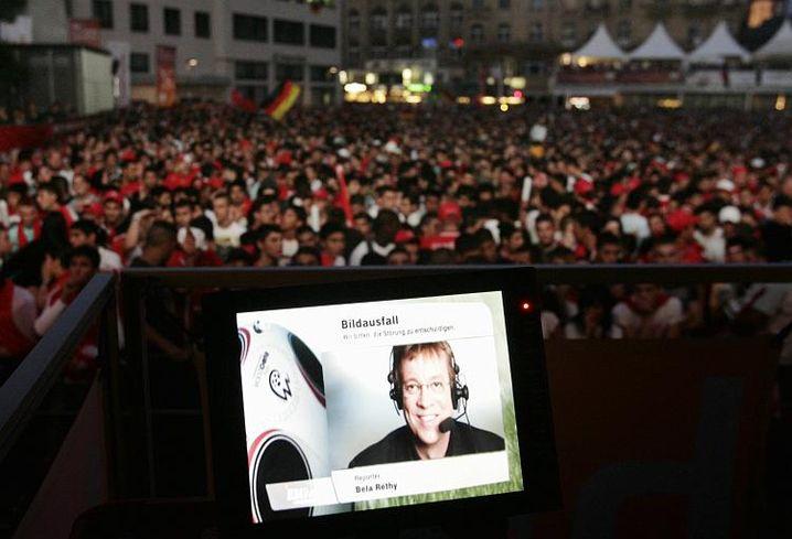 """Bildausfall beim Public Viewing (in Frankfurt): """"Ärgerlichste anzunehmende Panne"""""""