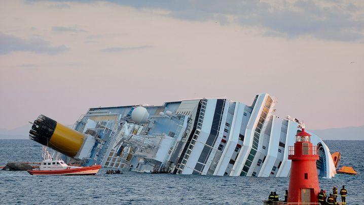 """Rettungsarbeiten an """"Costa Concordia"""": Sprengen, tauchen, hoffen"""