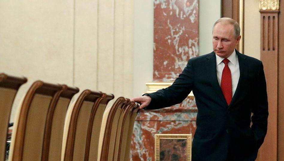 Machtwechsel in Russland: Putin denkt sich Putin weg