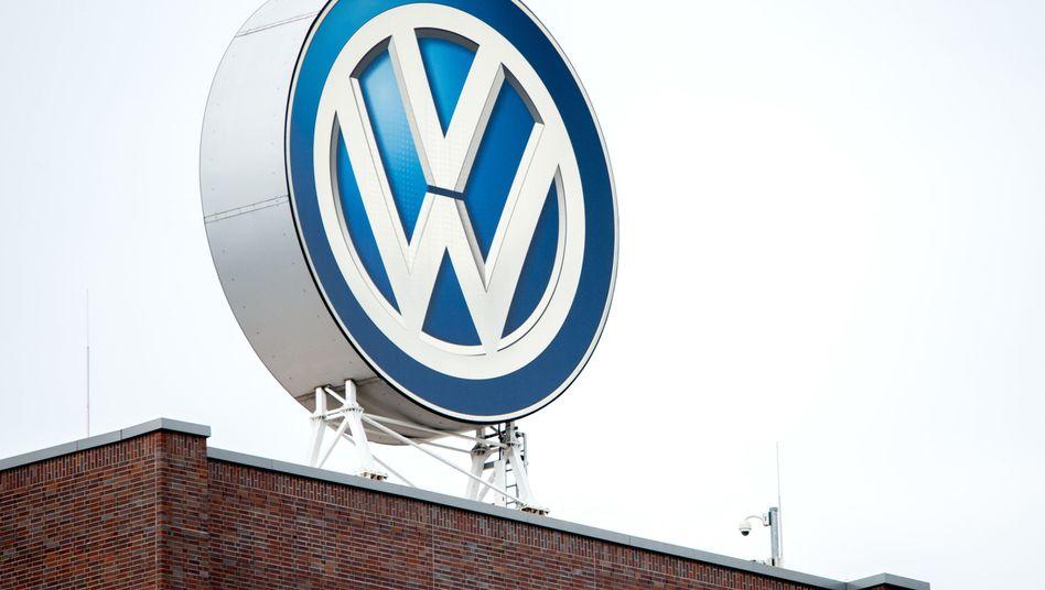 VW-Logo auf dem Hauptsitz des Unternehmens