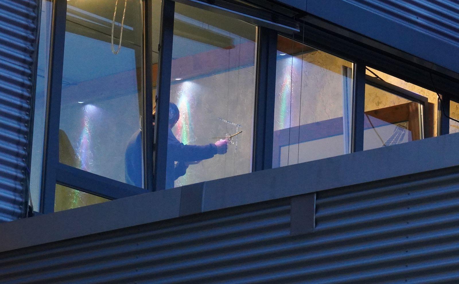 Unbekannte schießen auf Fenster vonShisha-Bar inStuttgart
