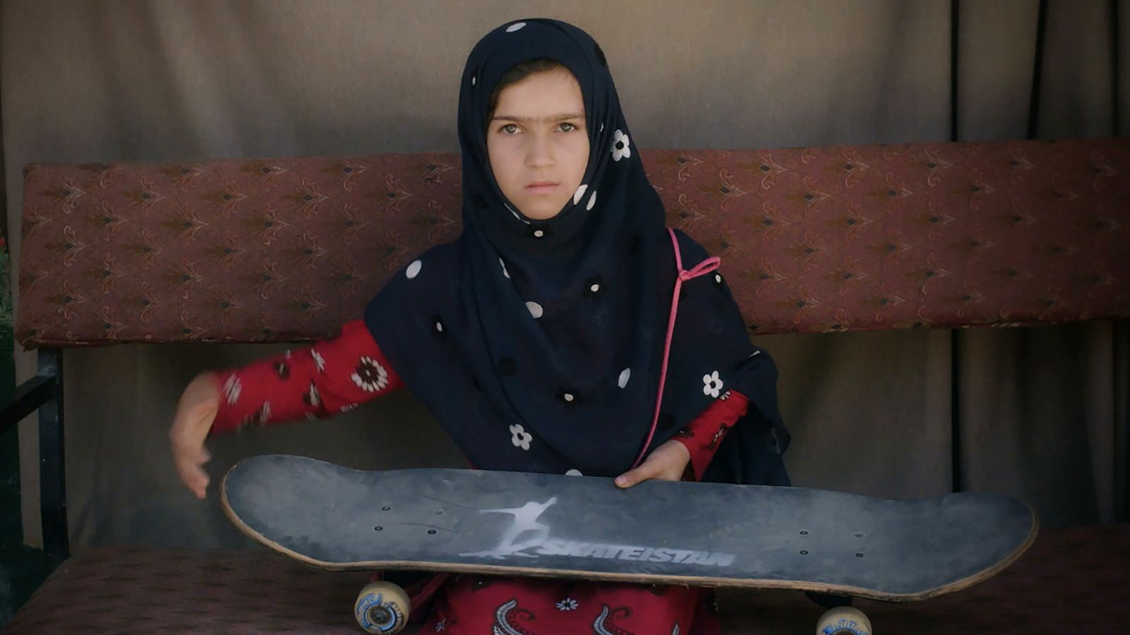 FilM/ Learning to Skateboard in a Warzone