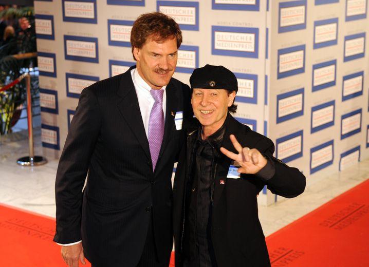 Mit Scorpions-Sänger Klaus Meine 2008 in Baden-Baden