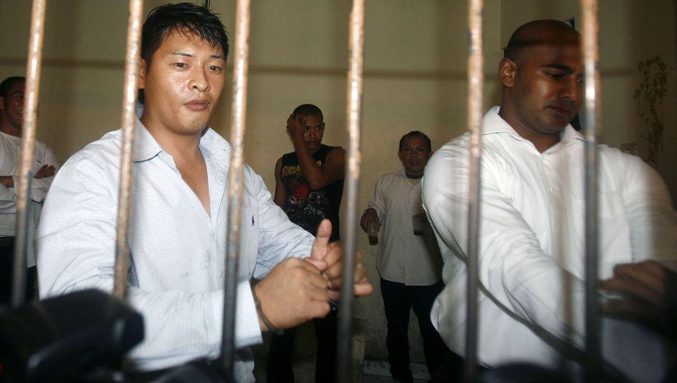 Todeskandidaten Chan (l.), Sukumaran: Indonesien treibt Hinrichtung voran