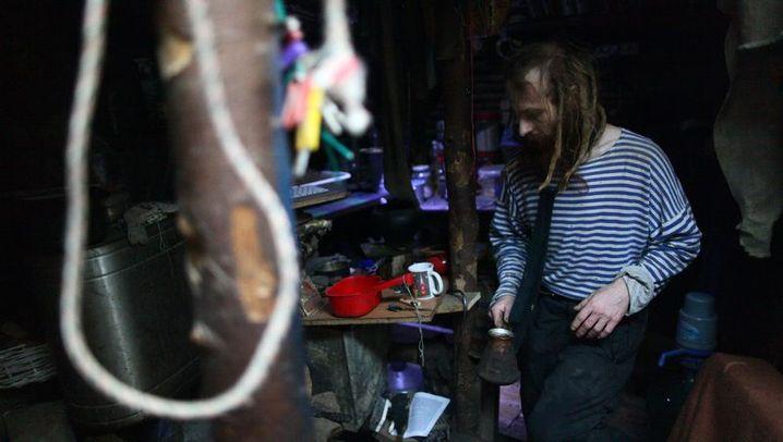 Moderner Einsiedler: Ein Leben in der Hobbithöhle