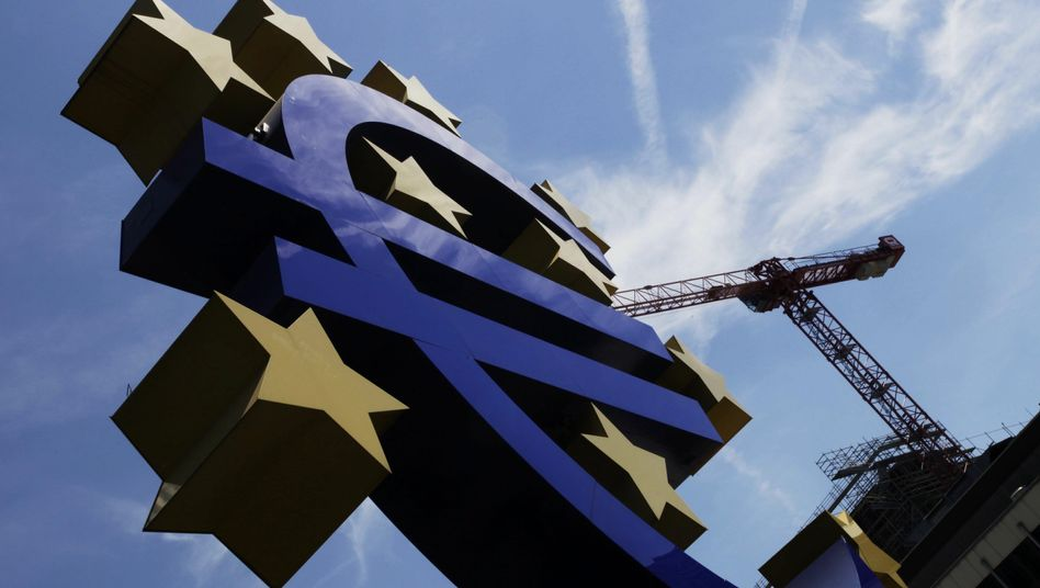 ECB headquarters in Frankfurt: Cheap money from the ECB could be one way to stimulate growth.