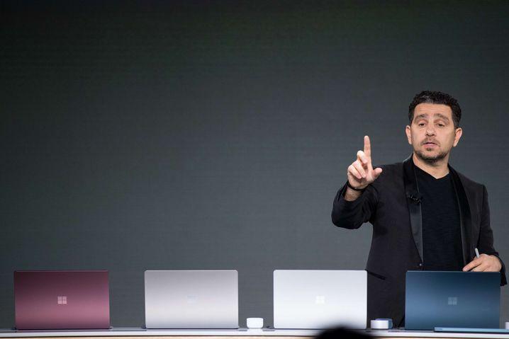Die vier Farbvarianten des Surface Laptop