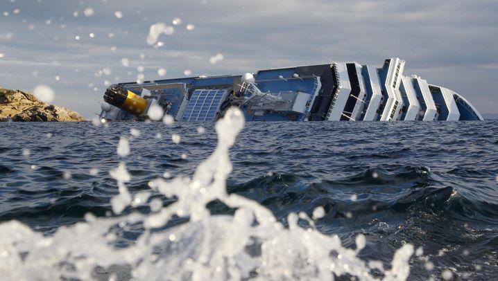 """Havarie der """"Costa Concordia"""": Kreuzfahrtschiff droht zu sinken"""