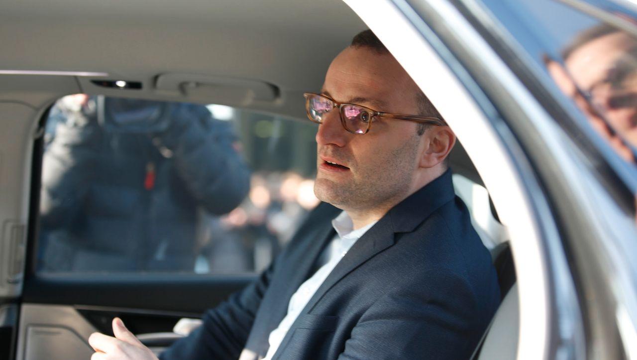 Corona-Politik: Jens Spahn und die Flucht aus der Verantwortung