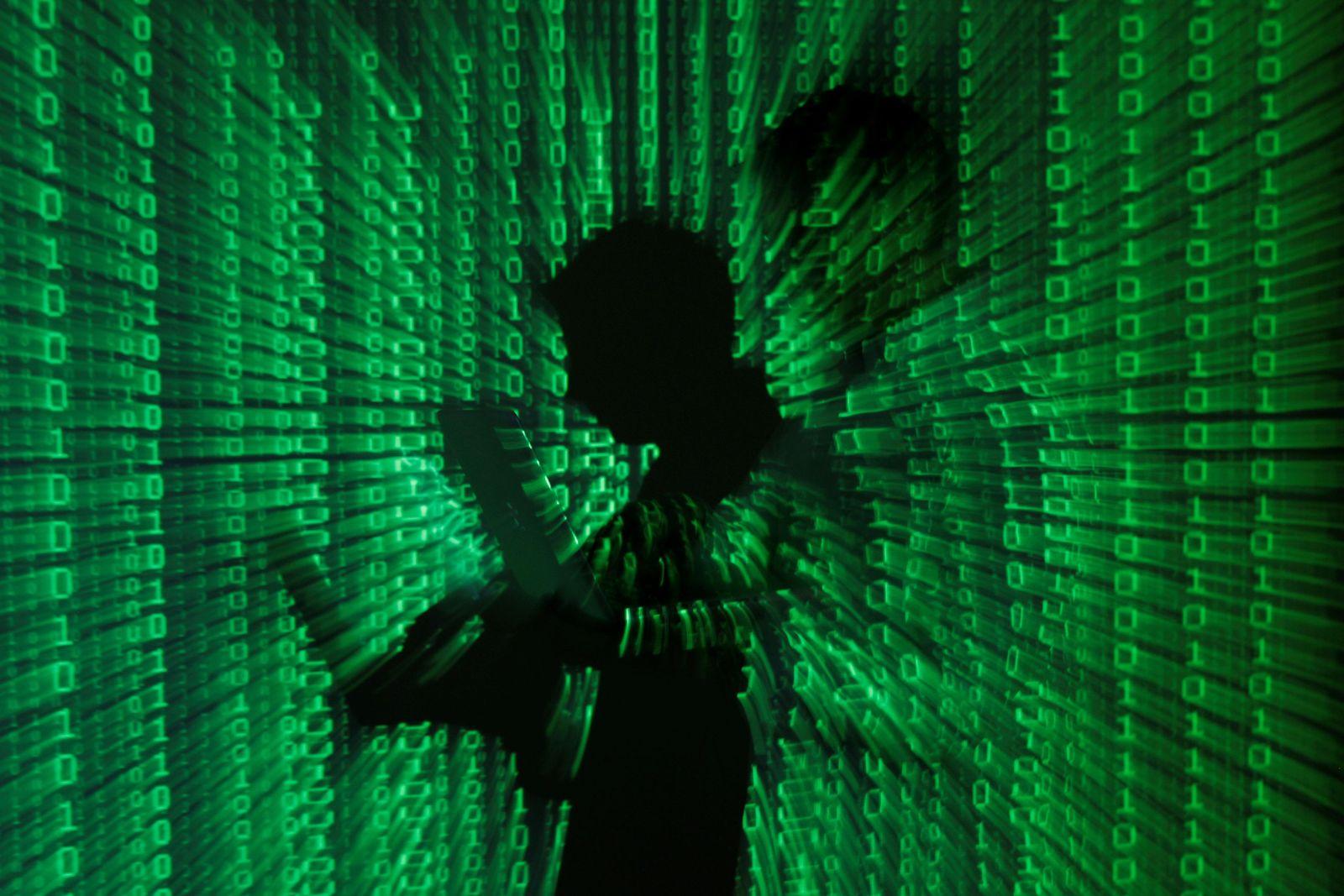 Cyberwar / Hacking / Laptop