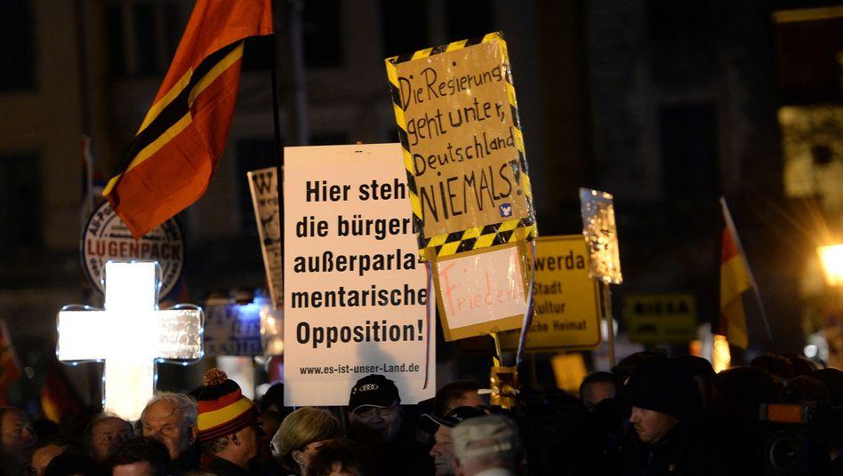 """Pegida-Demo in Dresden: """"Da muss man einfach durch"""""""