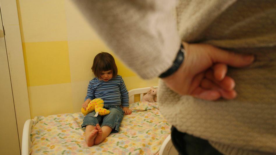 Kind und Mutter: Frühe negative Erfahrungen führen häufig dazu, dass Erwachsene unangemessen heftig reagieren