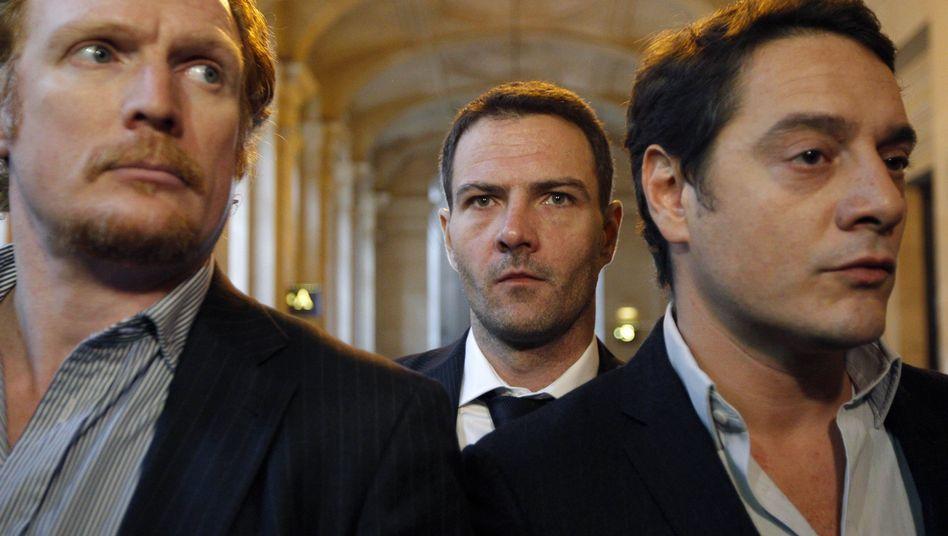 Jérôme Kerviel (Mitte) im Pariser Gericht: Fast fünf Milliarden Euro Schadensersatz