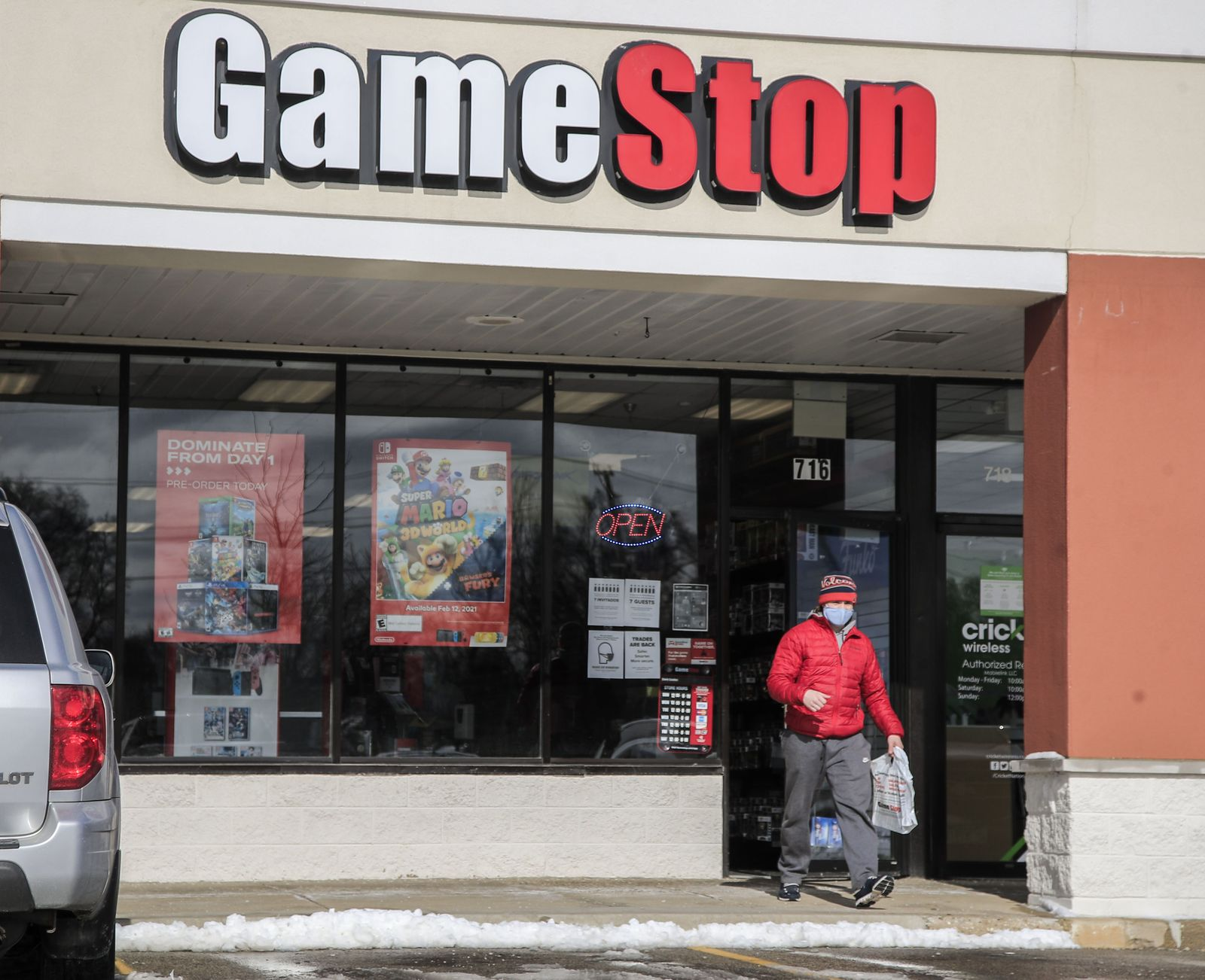 GameStop shares skyrocket from $3.25 to $347.51 in 10 months, Round Lake Beach, USA - 27 Jan 2021