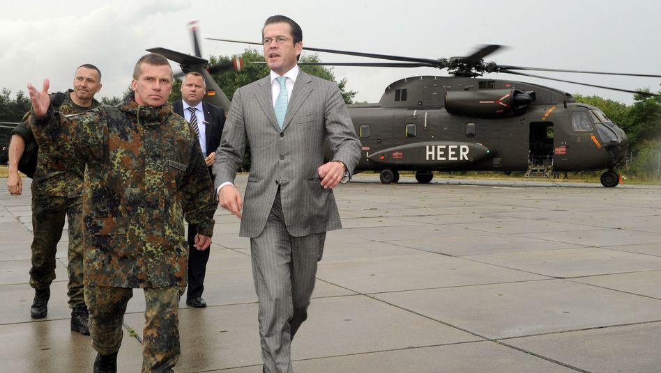 Verteidigungsminister Guttenberg: Pulverfass Bundeswehrreform