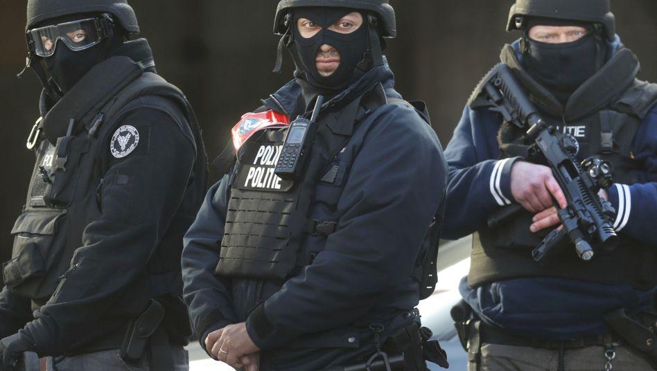 Terror in Brüssel: Die Suche nach dem dritten Mann