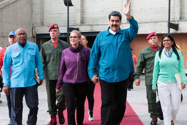Maduro und seine Frau Cilia Flores