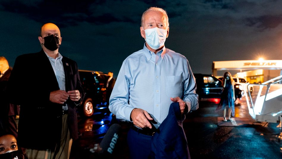 Präsidentschaftskandidat Joe Biden nach einer Wahlveranstaltung am 29. Oktober