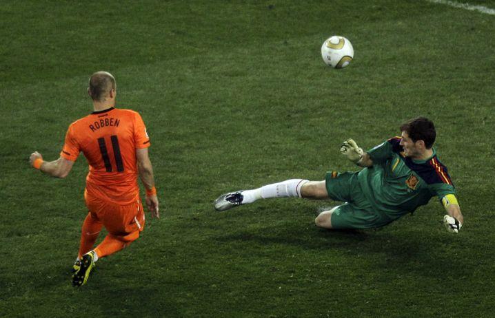 Robben scheitert 2010 an Casillas