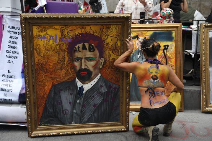 Vandalismus oder kreativer Protest? Das Gemälde von Francisco I. Madero ist in Mexiko derzeit ein Politikum