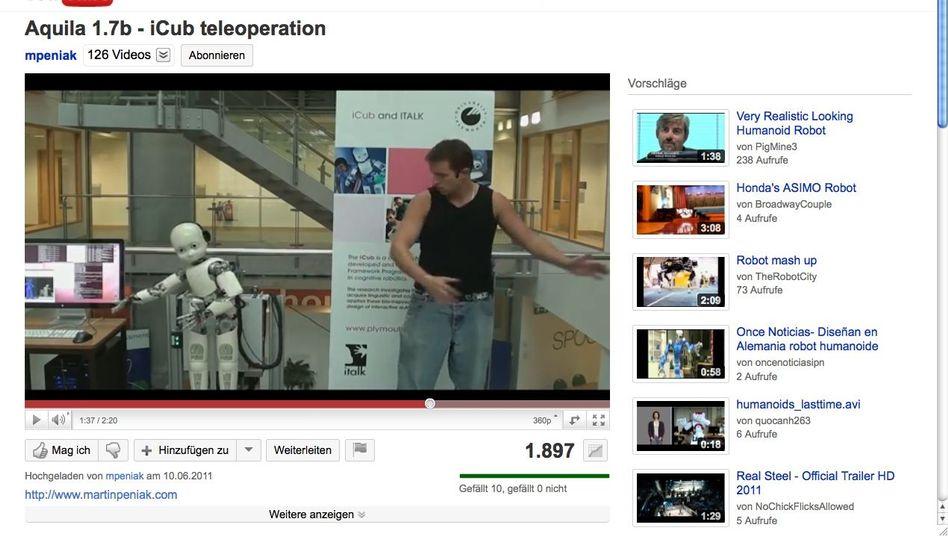 iCub: Der Roboter ahmt die Bewegungen seines Steuermanns nach
