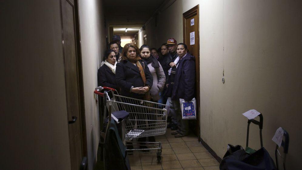 """Bedürftige in Madrid: """"Es ist nicht leicht, vor einem Supermarkt, um Hilfe zu bitten"""""""