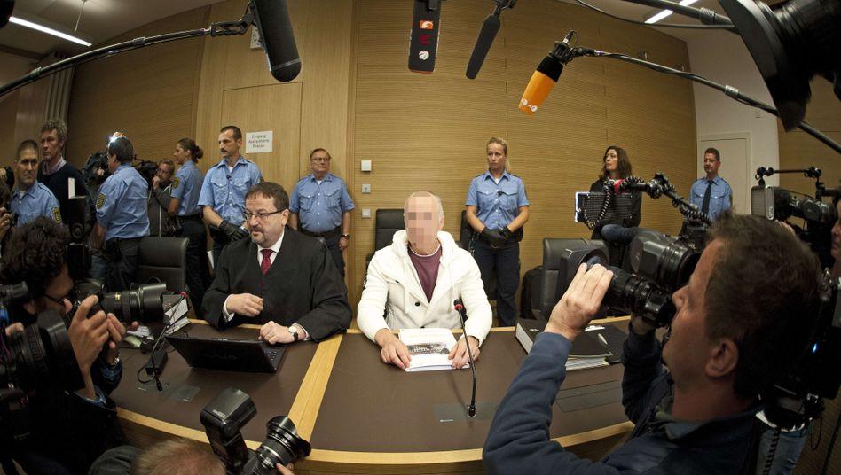 Angeklagter G. vor dem Landgericht Dresden: Angeklagt wegen Mordes