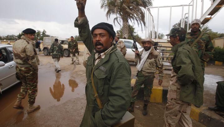 Aufstand in Libyen: Gaddafi kämpft um seine letzten Bastionen